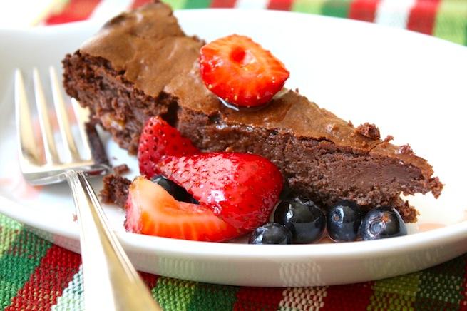 "<img alt=""chocolate almond cheesecake""/>"