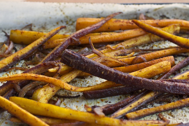 "<img alt=""roasted spicy carrots""/>"