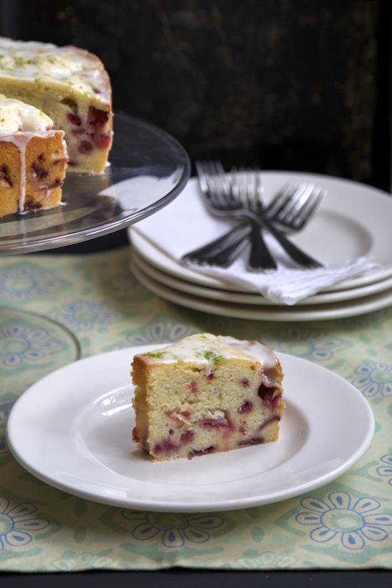 "<alt img=""Strawberry Key Lime Cream Cheese Cake""/>"