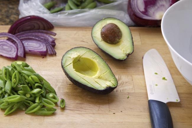 """<img alt=""""Avocado for Salad""""/>"""