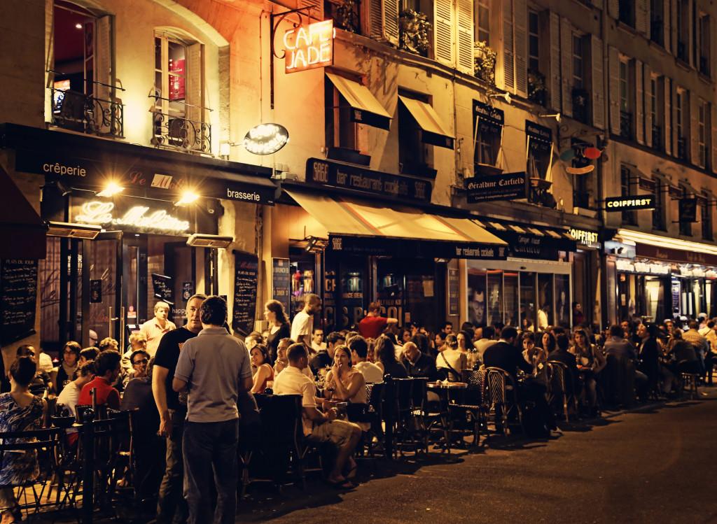 "<img alt""Cafe Jade Paris""/>"