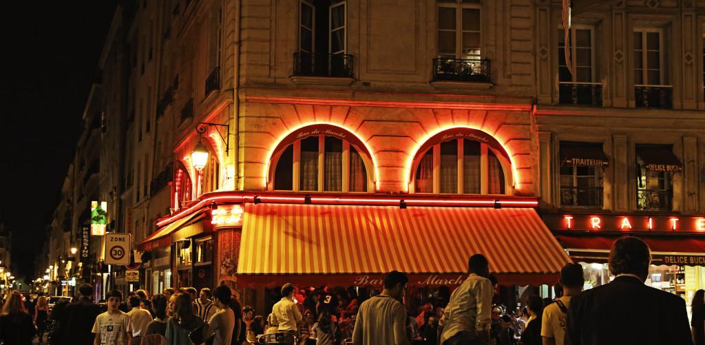 """<img alt=Bar de Marche Paris""""/>"""