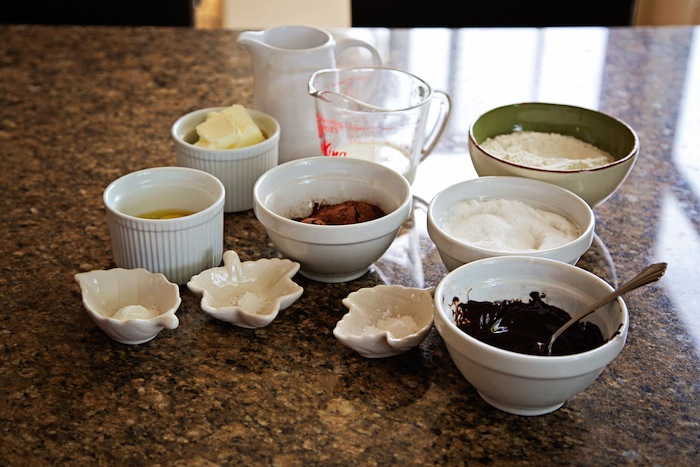 "<img alt=""Chocolate Cake Mise en Place""/>"