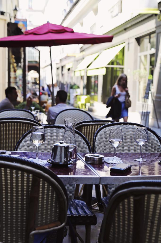 Le Relais Odeon Paris Cafe