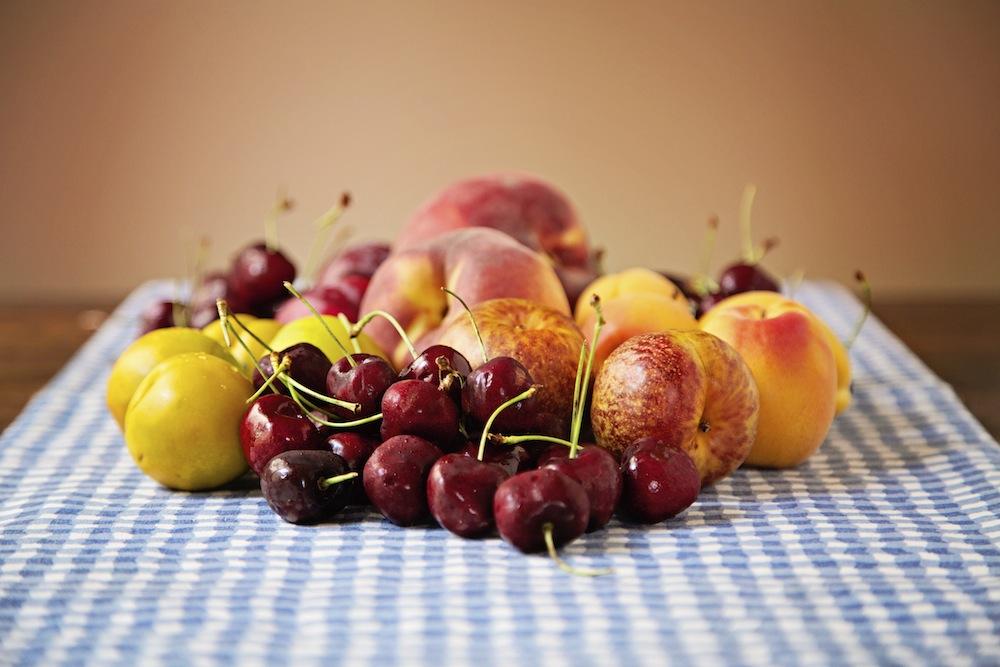 "<img alt=""Summer Stone Fruit""/>"