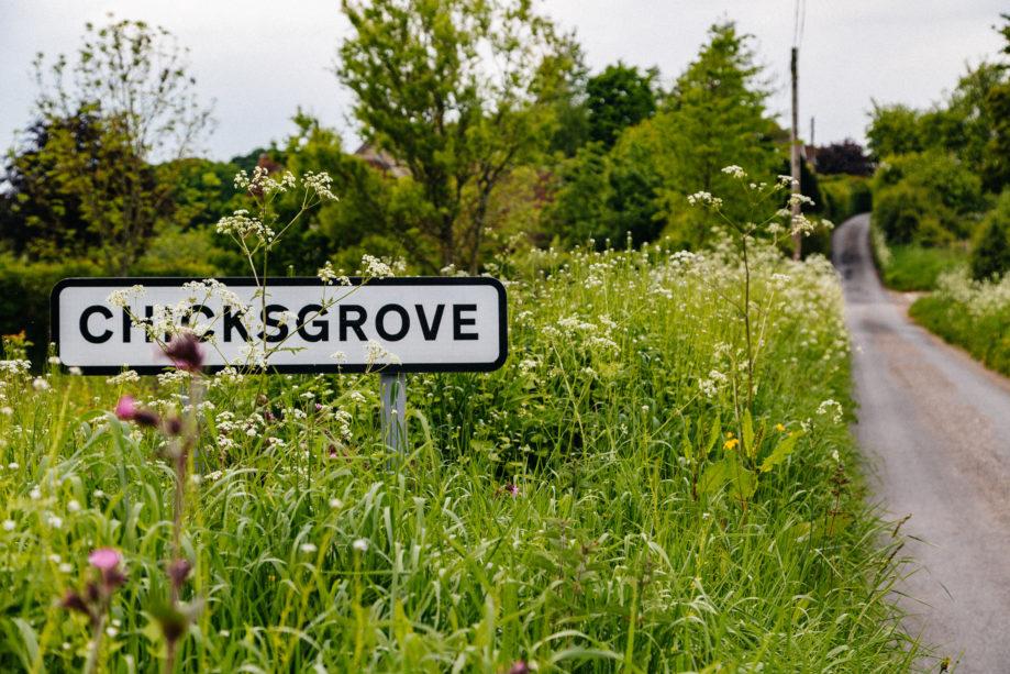"<alt img=""Chicksgrove""/>"
