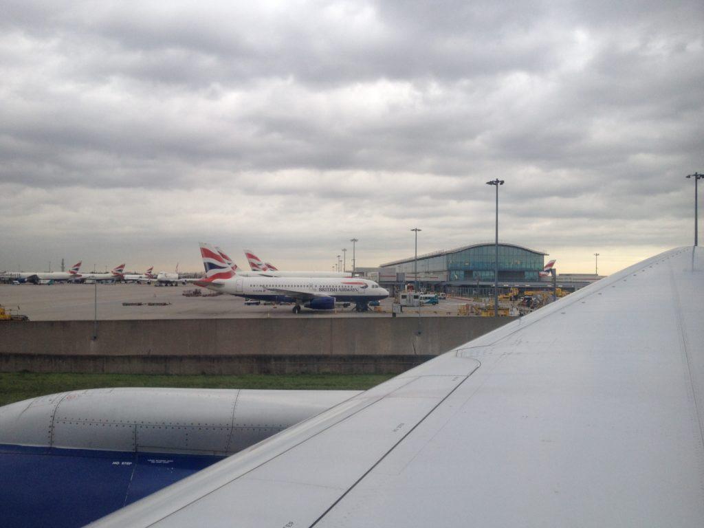 """<alt img=""""London Heathrow""""/>"""
